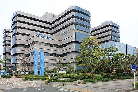 450px-Yokohama_City_University_Hospital.jpg